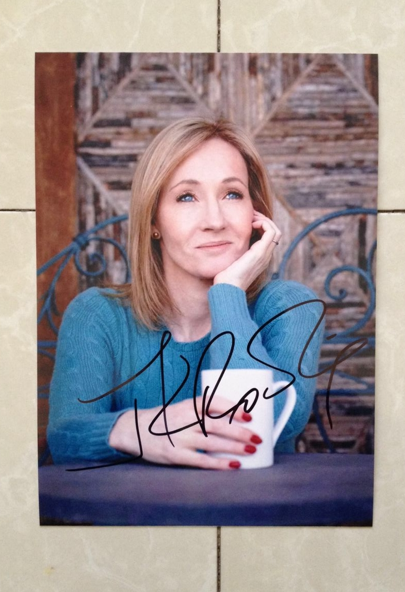 signed J.K. Rowling autographed original photo Harry Potter  7 inches collection 102018D