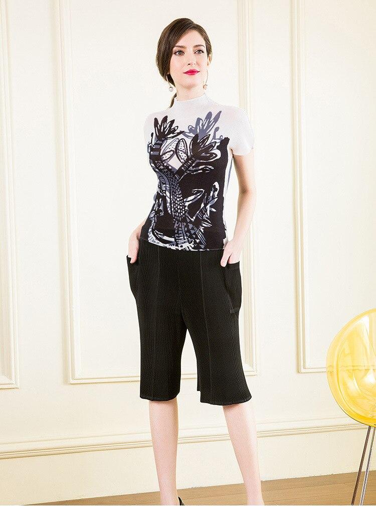 Envío Gratis Miyake moda plegable de manga corta nueva camiseta de cuello alto con estampado sexy en STOCK - 2