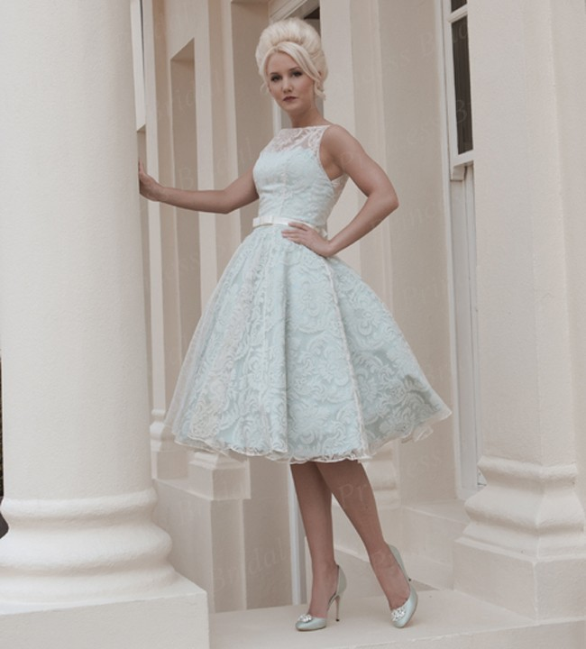 Free shipping europe style wholesale ball gown knee length for Wedding dresses in europe