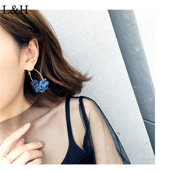 L&H 2018 New Bohemia Blue Red Pink Gray Color Flowers Hollow Round Studs Earrings For Women Statement Party Fashion Jewelry Gift