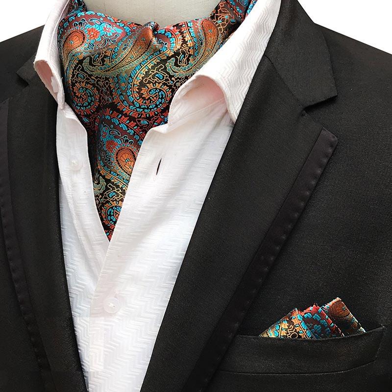 также фото шейных платков для мужчин крайне