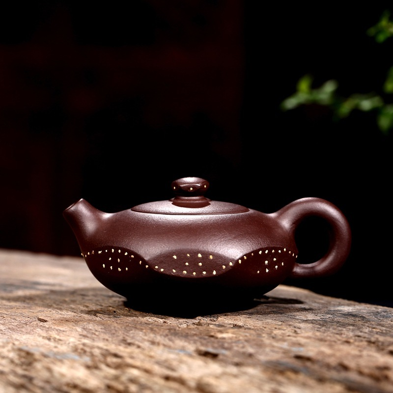 Purple clay pot Yixing famous artisan raw ore purple clay small tea pot tea set 130 ml factory direct salesPurple clay pot Yixing famous artisan raw ore purple clay small tea pot tea set 130 ml factory direct sales
