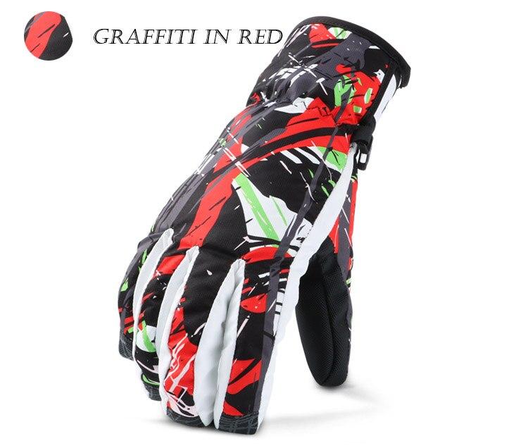 graffiti in red