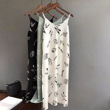 Fashion Summer 2019 White Tank Dress Women Casual Print Black Long Slim Cami Beach Dress все цены