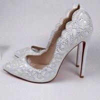 Стильная женская обувь кристалл пробурена Цветочные Резные кожаная туфли лодочки на шпильке Bling Свадебные туфли на высоком каблуке с остры