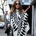 The new black and white Jacquard geometric diamond thick section Cashmere scarf shawl