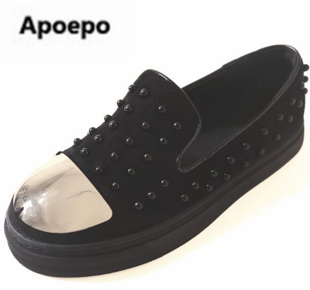 Date noir appartements plate-forme chaussures femmes métal décor bout rond dames mocassins chaussures rivet décontracté 2018 printemps épais bas chaussures