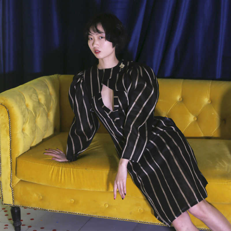 LANMREM 2019 Новое Полосатое Платье До Колена с круглым вырезом и открытой грудью, с высокой талией, Женская мода WD70601L