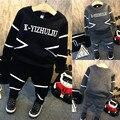 2016 Otoño Nuevo bebé de la ropa de moda de algodón de manga larga carta sudadera con capucha + pantalones 2 unids baby girls boy ropa de deporte conjunto