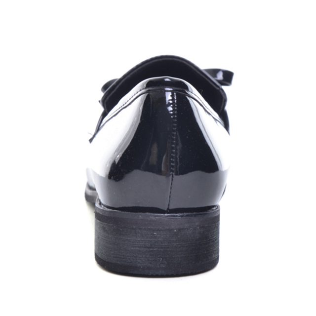 XiuNingYan Brand Shoes Woman Casual Tassel Bow Pointed Toe Black Oxford Shoes for Women Flats Comfortable Slip on Women Shoes
