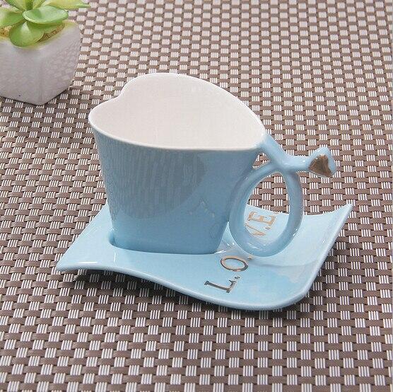 Online shop coffee ceramic mug creative love cuplovers mug heart coffee ceramic mug creative love cuplovers mug heart coffee cup creative heart shaped cups nice letters voltagebd Images