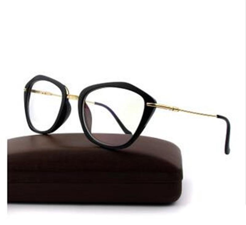 Eye glasses frames Fashion choice Cat\'s eye shape Plain glass ...