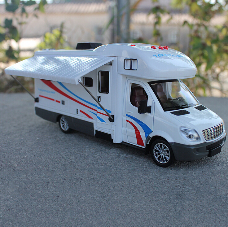 Recreational Vehicle: 1:32 Scale Alloy Metal Diecast Collection Car Model For