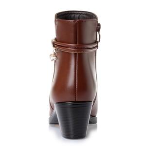 Image 4 - GKTINOO 2020 NEUE Mode Weichem Leder Frauen Stiefeletten High Heels Zipper Schuhe Warme Pelz Winter Stiefel für Frauen Plus größe 35 43