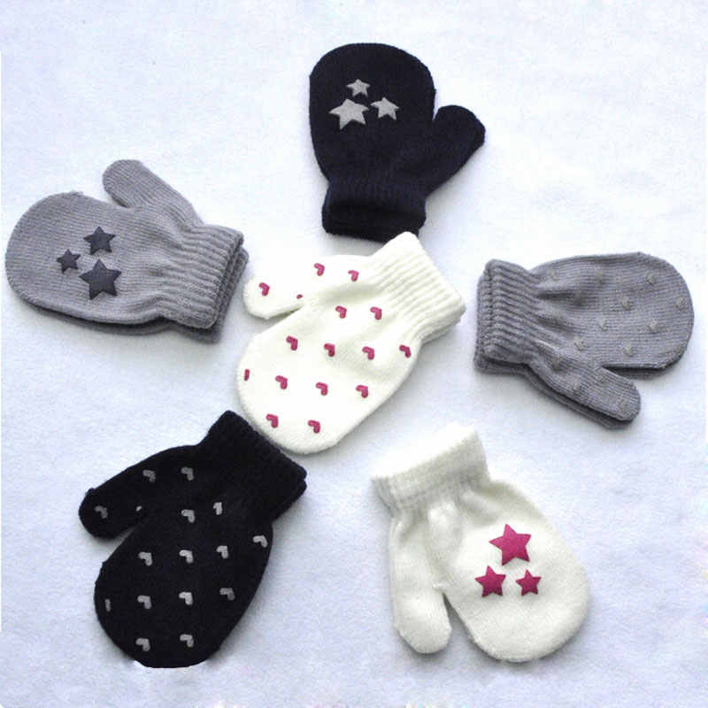 Star&Heart Print Baby Gloves Boys&Girls Soft Knitting Warm Children Kids Gloves Pattern 2018 Stylish Fashion Baby Mittens