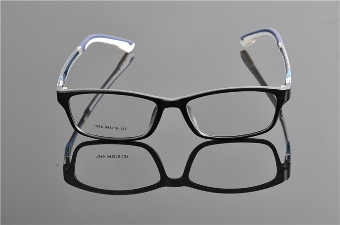 c2 black blue glasses (2)