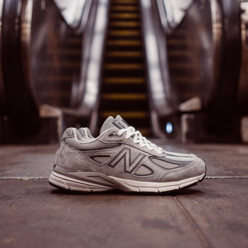 New Balance Men Shoes M990v4 Sports Shock Absorbing Breathable And Lightweigt Made in US new balance 990v2 made in the usa