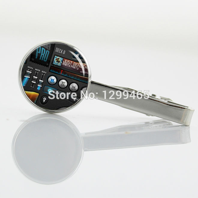 DJ turntable Musican Tie Clips Unique Design Promotion DJ mixer Silver plated tie tacks musical instrument Gifts Tie pin T 589