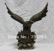 "00271 12"" China Folk Bronze Eagle Hawk Statue Bussiness Hand Shake"