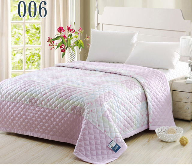 king queen size bedroom summer quilts thin comforter silk floss light weight bedding comforters. Black Bedroom Furniture Sets. Home Design Ideas