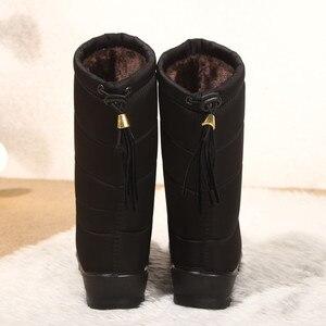 Image 2 - Botas de inverno de neve botas femininas mid calf botas à prova dwaterproof água round toe bottines femme palmilhas senhoras sapatos mulher franja para baixo botas mujer