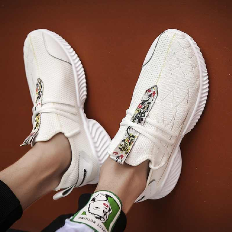 2019 zapatos de verano para hombre nueva tendencia de deportes y ocio zapatos de hombre calcetines tejidos voladores salvajes zapatos casuales para correr -1