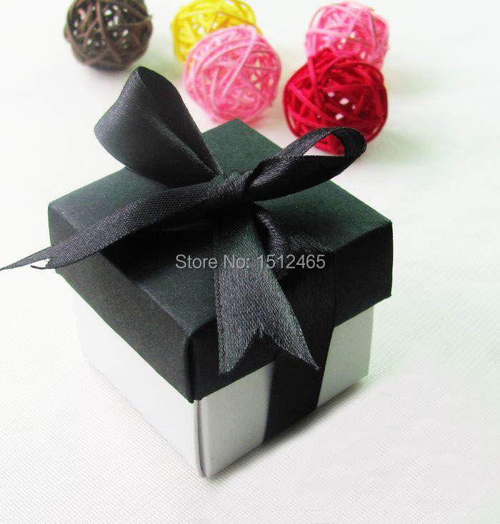 100pcs/lot White&Black Lid 2pc 5x5x5cm Paper Bomboniere Wedding Favor Boxes Candy gift b ...