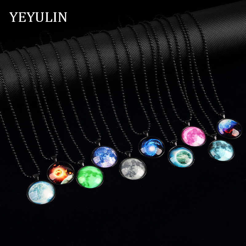 Unique Universe Glass Glow In The Dark Pendant Necklace Glass Luminous Galaxy Starry Sky Necklace Jewelry For Woman