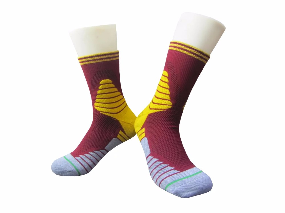 6Pairs 48 Thick Cotten fiber Man s High quality Football and Basketball Training socks 6 Different