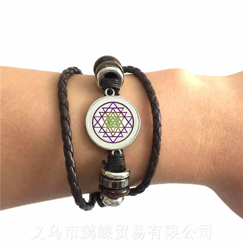 Phật Giáo OM Biểu Tượng Ấn Độ Mạn Đà La Vòng Tay Hoa Thiền Hình Kính Cabochon 2 Màu Dây Da Adjustbale Lắc Tay