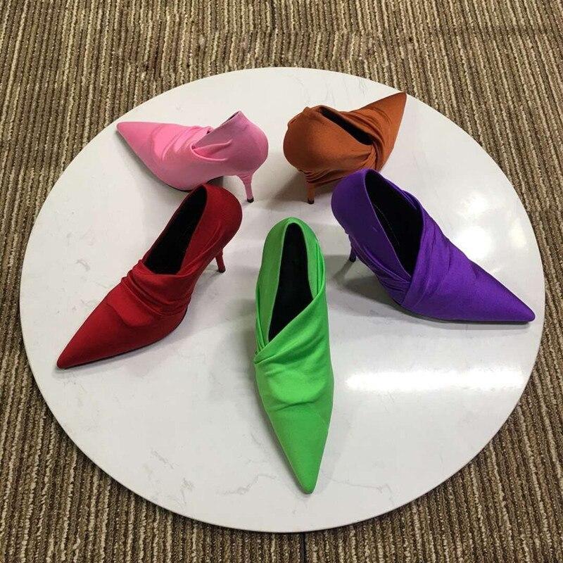 Подиумные стильные шелковые туфли на тонком высоком каблуке разноцветные свадебные туфли с острым носком без шнуровки женские туфли на шпильках, весна 2018 - 2