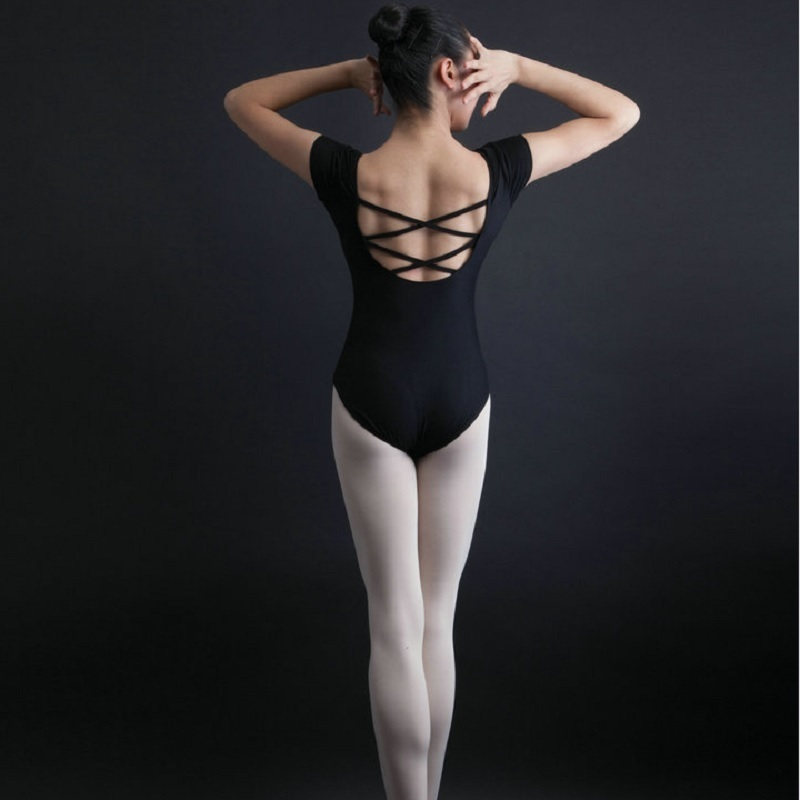 giada-sexy-leotard-gay-midget-bareback