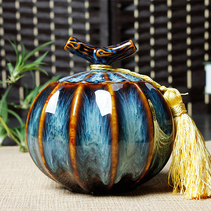 Cremation Urn Funeral Urn for Pet Made in Ceramics Hand Painted Display Burial Urn at Home