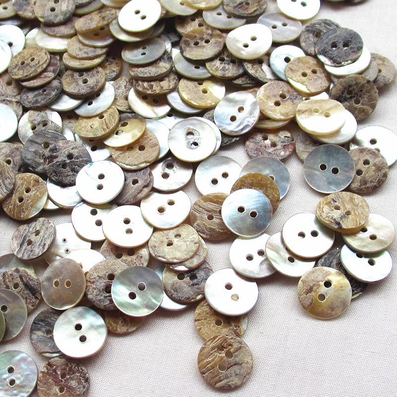 100pcs Mother of Pearl Heart Shell Button Lots 11mm 2 Holes Sewing Craft Cards