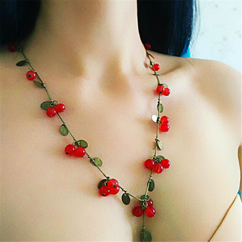 Galleria fotografica 2019 New Korean Red Cherry Necklace Cute Fruit Lady Necklaces Pendants Fashion Long sweater chain Jewelry Accessories For Women