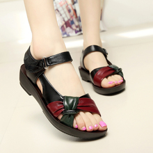 2017 summer shoes flat sandals women aged leather flat with mixed colors fashion sandals comfortable old shoes free shipping 41
