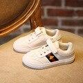 Esporte para crianças Sapatos Meninos Meninas Sapatos de Couro Branco Tênis Da Moda Crianças Confortáveis Apartamentos Sapatos Outono Do Bebê Por Atacado