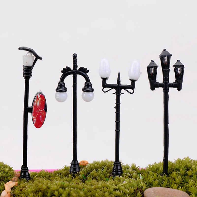 Mini Retro Đèn Đường Khu Vườn Thu Nhỏ Trang Trí Streetlight Các Bức Tượng Nhỏ Vườn Cổ Tích Nhựa Thủ Công Trang Trí 10 Phong Cách