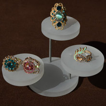High Quality Multi-Color Round Jewelry  Display Tray Ring Showing Stand Pendant Holder Earring Rack Ring Showcase