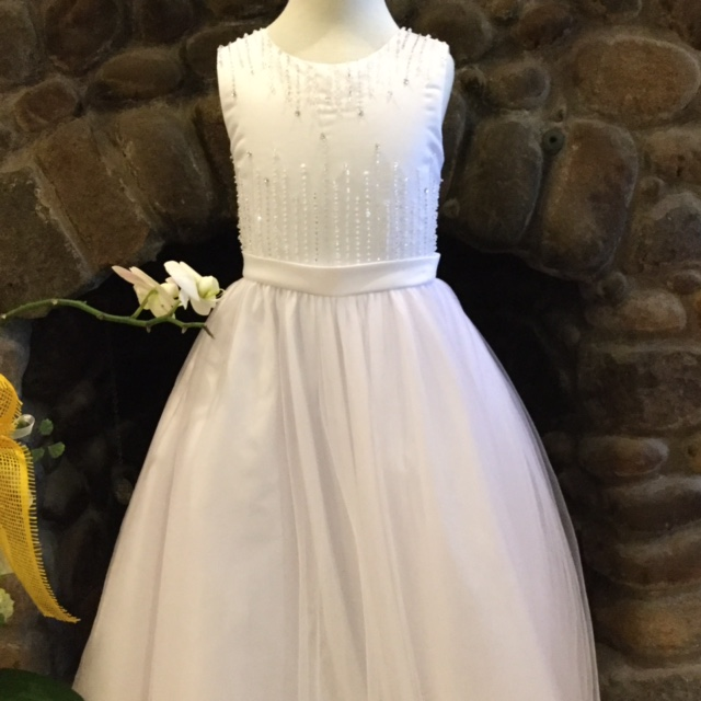2017 New Arrival Sleeveless Satin Tulle Kid First Communion Dress White Sequined Flower Girl Dress with Bow Sash 2-12 Year Old