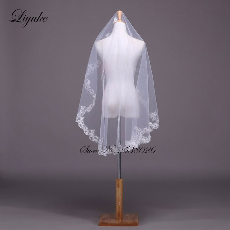 Liyuke New Lace EdgeVeils White Tulle One-Layer Elegant Short 1.3 M Գեղեցիկ հարսանեկան վարագույրներ