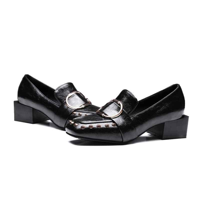 英国 Pu レザーソフトシェル女性靴プラスサイズ 32-48 レトロリベットパンクブロック Med ヒールパンプスバックルスリップ中立に靴