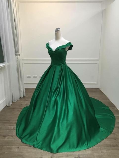 2021 Elegant Simple Red Prom Dresses V Neck Ball Gowns Cap Sleeve Satin vestidos de formatura Backless Reflective Dress 4