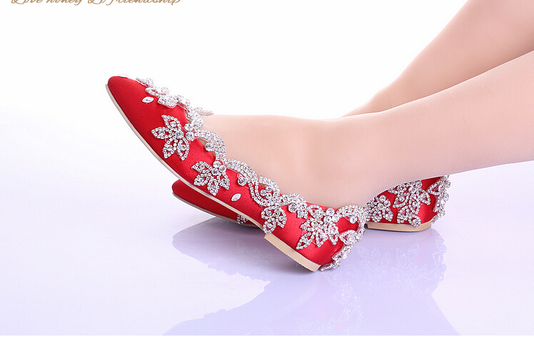 2017 New White Wedding Shoes No Heels With Rhinestones Champagne Zero Heel Prom Party Celebrity Red Bridal Shoe In Women S Pumps From On