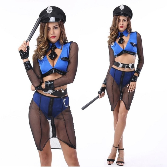 Женщина полицейская на службе секс