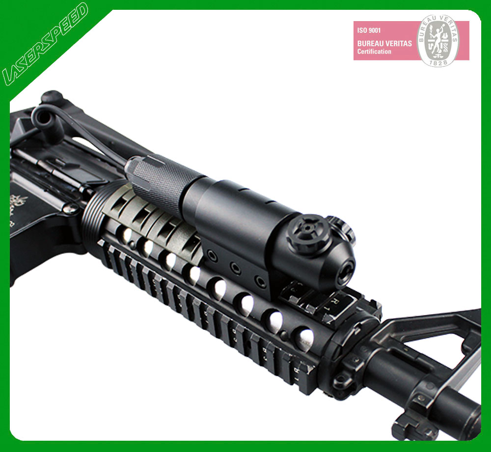 Military green laser sight for M16