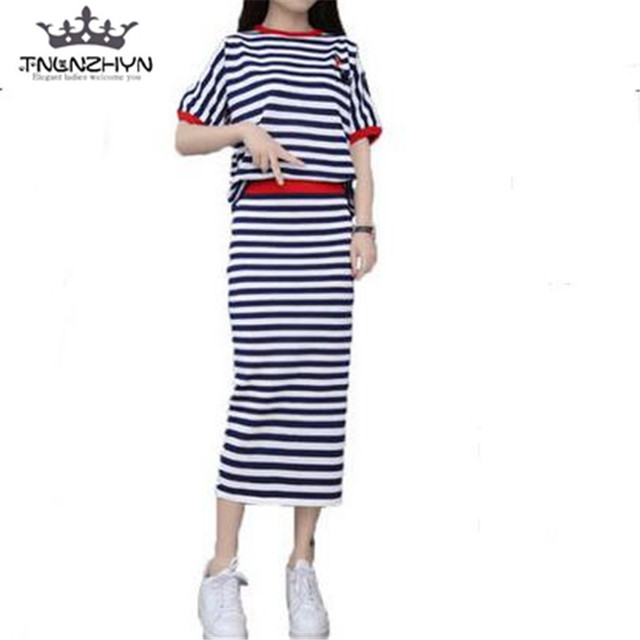 c132b1327de7 tnlnzhyn 2017 Spring Summer Women knitted Suit Short sleeves Skirt Dress  ladies Skirt Suits 2 pieces Suits Sets Dress Y262