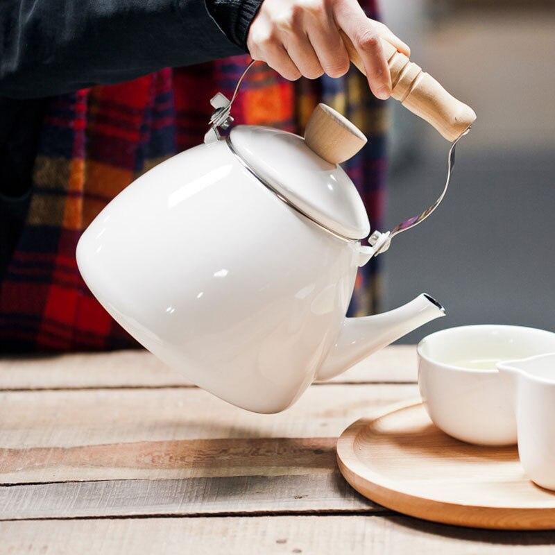 Bouilloire en céramique d'émail de théière de bouilloires de l'eau 2.2L peut être employée sur le four électromagnétique ou le gaz naturel