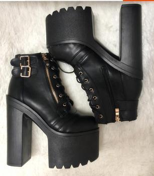 Primavera 2019 nuevas botas de tacón ultra alto a prueba de agua plataforma 16CM de espesor inferior desnudo odio alto con zapatos de mujer romanos
