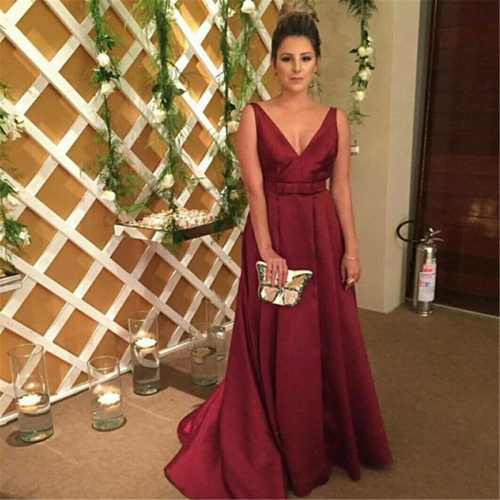 Elegant Burgundy Satin Women Wedding Party   Dresses   2019 A Line V Neck Backless Charming   Bridesmaid     Dress   Custom Made Women Gown